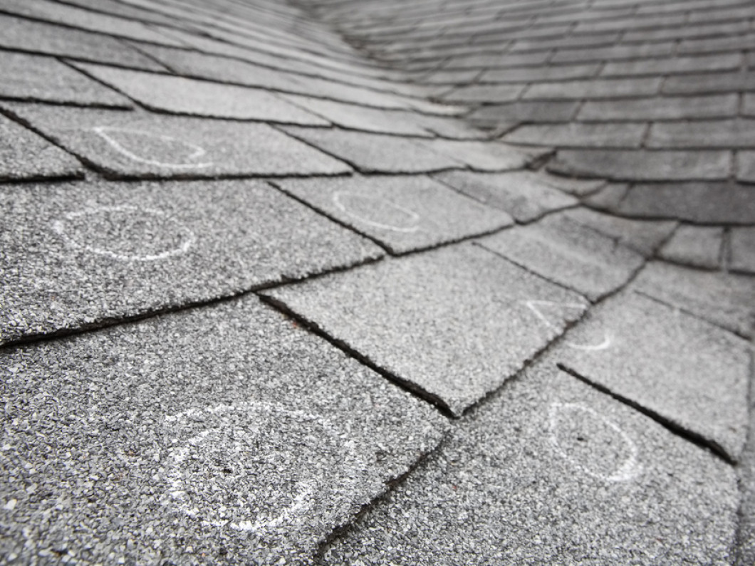 HIRE SKILLED PROFESSIONALS TO INSPECT YOUR ROOF